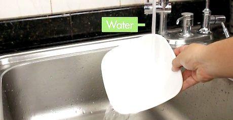 प्लास्टिक को चमक कैसे लागू करें