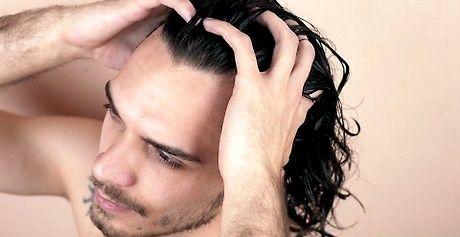 सूखे पुरुषों के बाल कैसे उड़ाएं