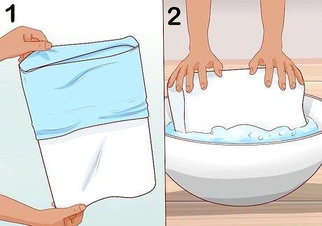 एक मेमोरी फोम तकिया कैसे साफ करें