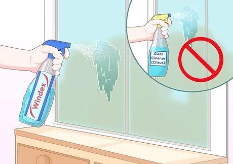 फ्रॉस्टेड ग्लास को कैसे साफ करें