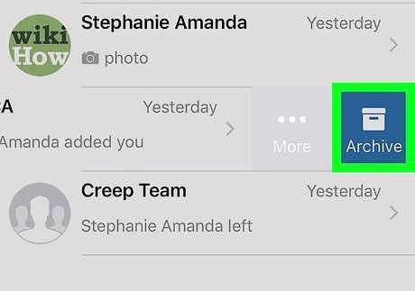आईफोन या आईपैड चरण 3 पर व्हाट्सएप पर एक समूह को हटाएं