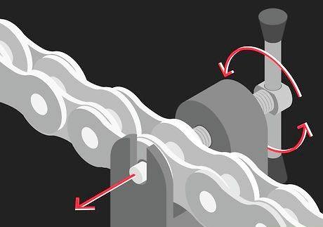 एक टूटी हुई साइकिल श्रृंखला को कैसे ठीक करें