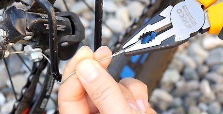 बाइक गियर तार कैसे ठीक करें