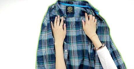यात्रा के लिए एक शर्ट कैसे फोल्ड करें