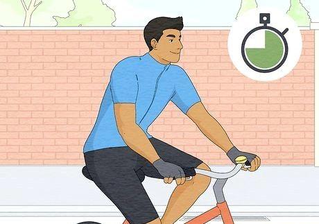 कैसे सुरक्षित रूप से साइकिल चलाना (एक लंबे ब्रेक के बाद)